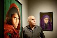 「阿富汗女孩」被捕后,摄影师却遭到批评指责