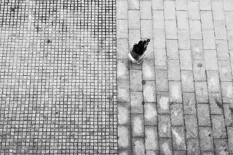 Photo by K