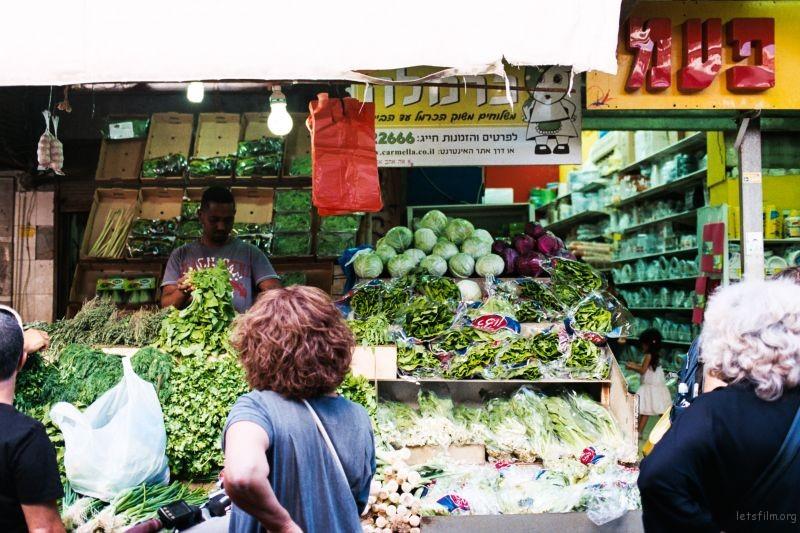 特拉维夫的卡梅尔市场,色彩让人食欲大增