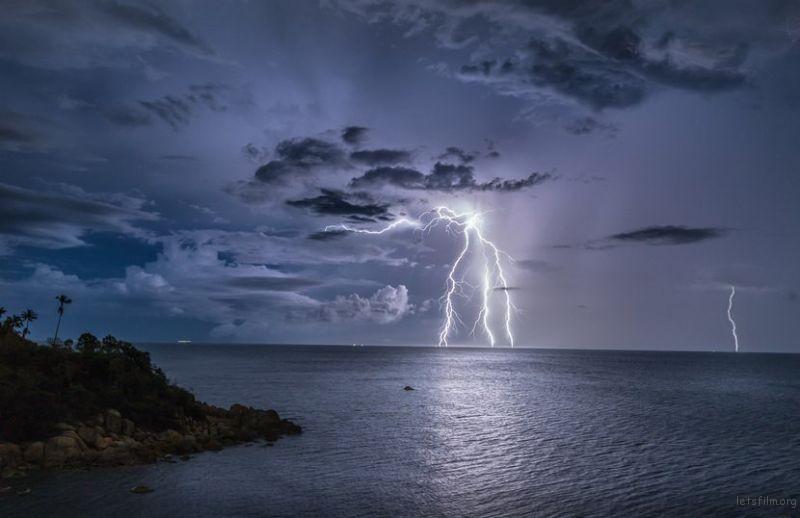 作品︰Tropic Thunder II 摄影师︰Jerry Fryer