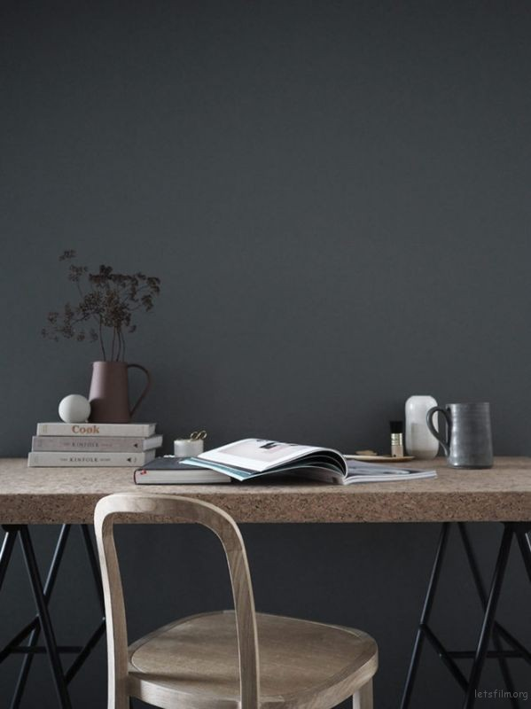 thefemin-6-easy-ways-to-organize-your-desk-01-2-650x867