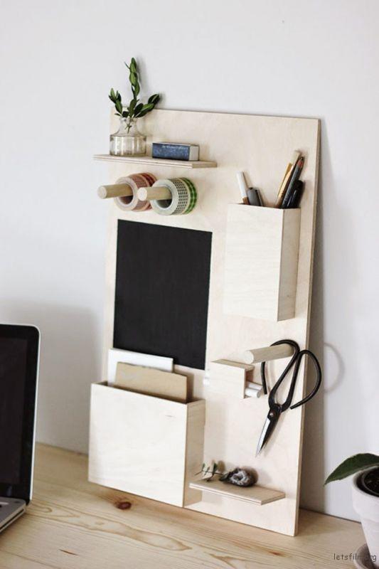thefemin-6-easy-ways-to-organize-your-desk-04-650x974