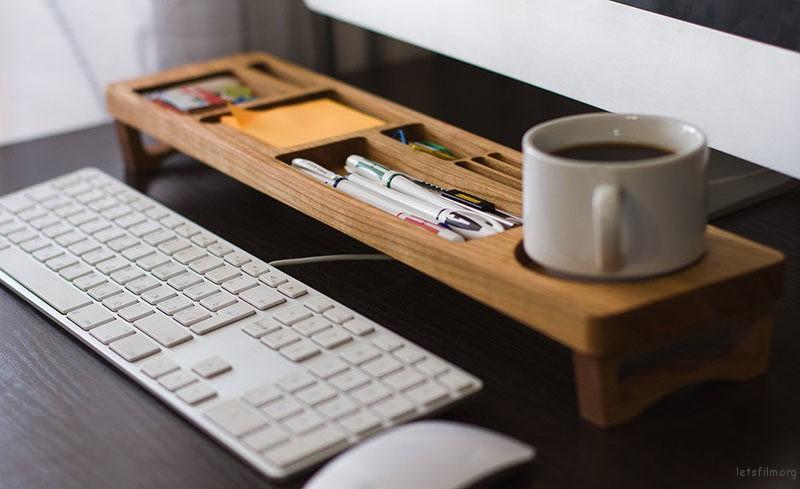 thefemin-6-easy-ways-to-organize-your-desk-05