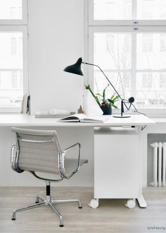 thefemin-6-easy-ways-to-organize-your-desk-21-650x910