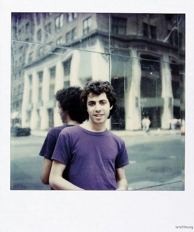 June 15, 1979,这时他刚刚开始自己的摄影项目不久