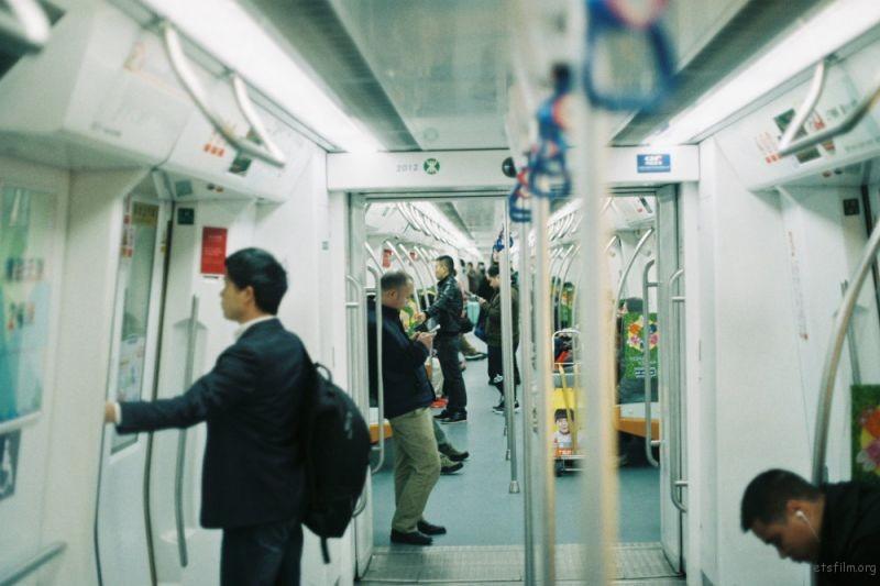 很想住在地铁不拥挤的城市