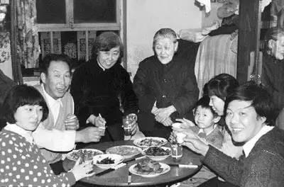 1979年,大鱼大肉开始出现在了芜湖人家的年夜饭桌上。