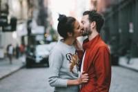 情侣出外旅行必拍的「超甜恩爱照」,这样秀恩爱实在太唯美!
