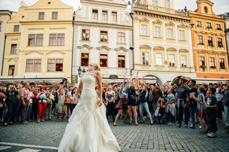 adaymag-stunning-wedding-photos-around-the-world-2016-01