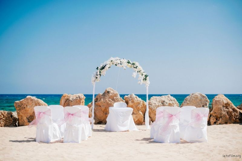 adaymag-stunning-wedding-photos-around-the-world-2016-11