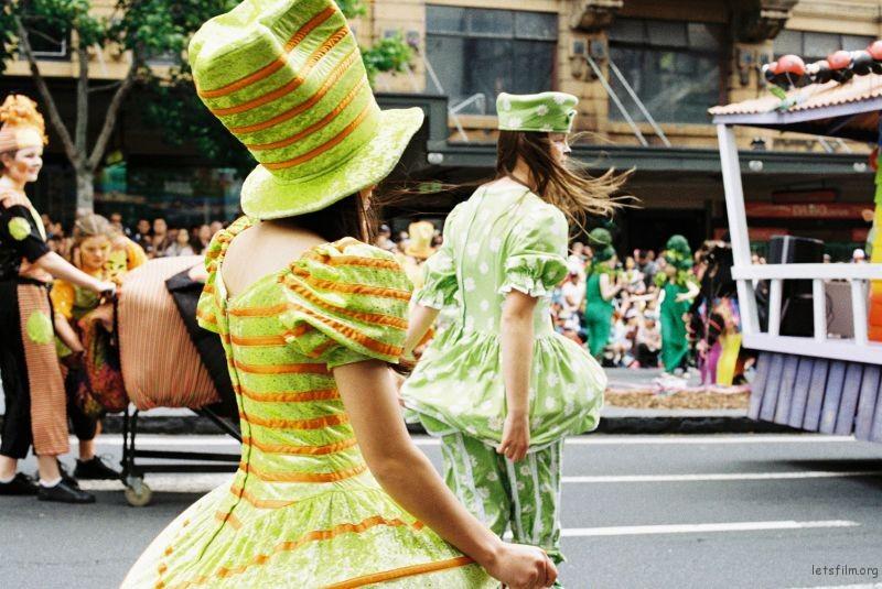 parade (84)