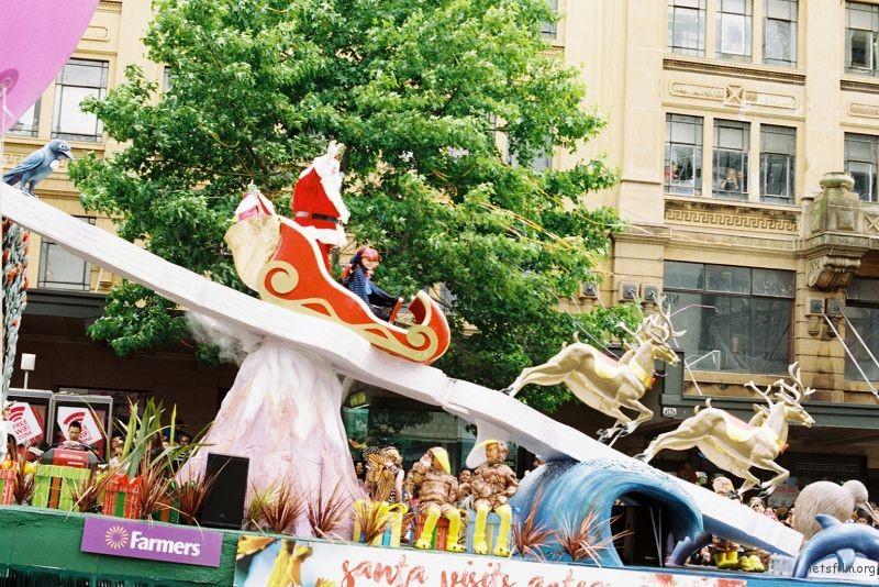 parade (98)