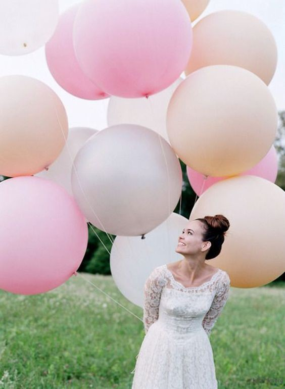 thefemin-balloons-to-candleswedding-shoot-02
