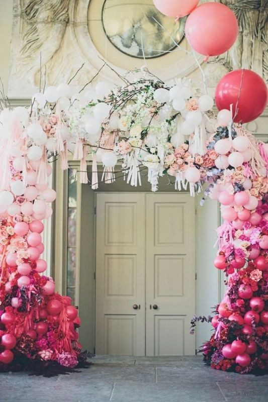 thefemin-balloons-to-candleswedding-shoot-13