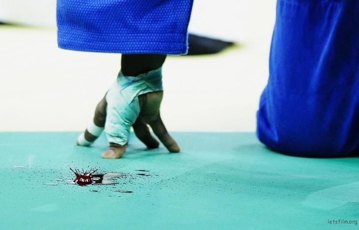 第 52 届荷赛奖体育专题类单幅一等奖  吴晓凌「柔道—渲染赛场」