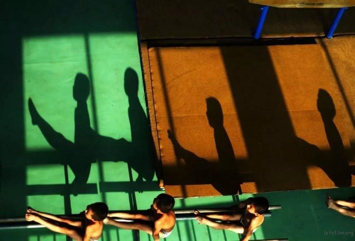 第 48 届荷赛奖专题类组照三等奖 邱焰「李小双体操学校」