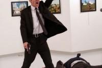 第 60 届新闻摄影比赛(荷赛)奖获奖作品公布,年度作品惹争议
