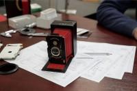 这家乌克兰公司研发了一台全纸质的拍立得相机