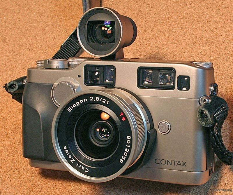 CONTAX G2 with Biogon 21