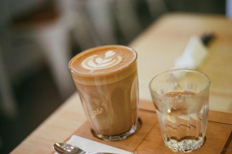 [ 胶 片 ] 明谦 · 咖啡 6-1