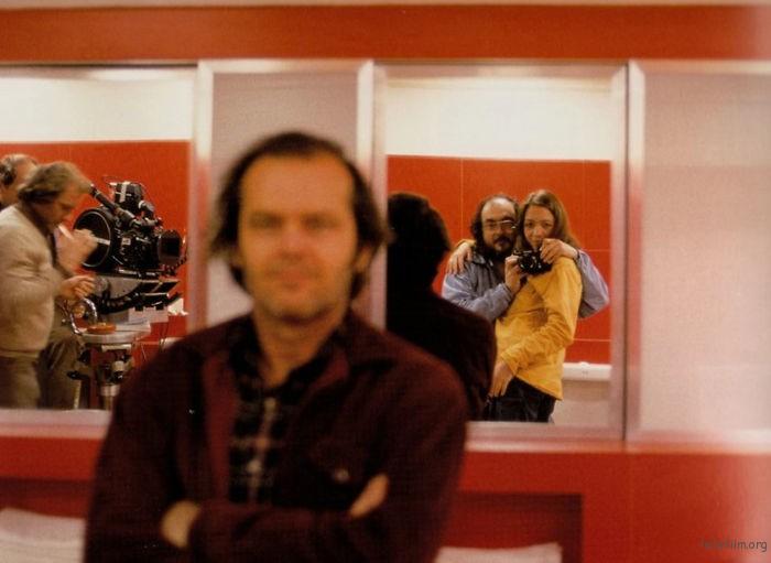 斯坦利库布里克,在拍摄《闪灵》期间, 和他的女儿,以及 Jack Nicholson 的「合照」
