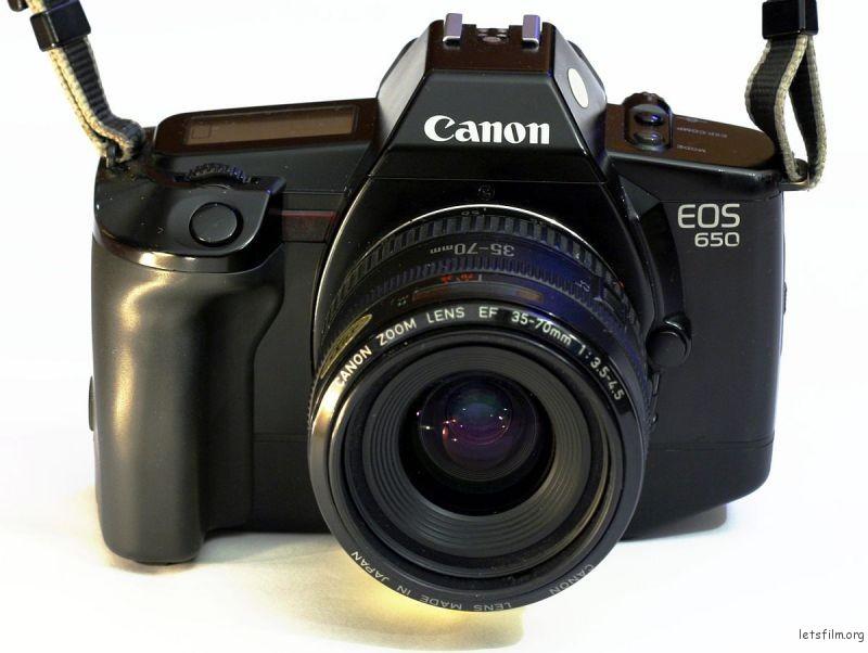 1200px-Canon_EOS_650
