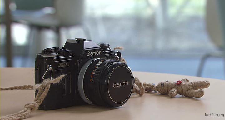 Canon AE-1(「ただ、君を愛してる」剧照)