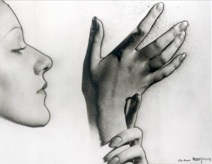 摄影大师 Man Ray 的 中途曝光* 作品,你觉得这算是摄影么?