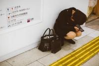 都市恐慌症集体倾泄!孤独感爆发的日本街头摄影