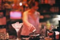 [13248] 她给我调了一杯她最爱的lychee martini