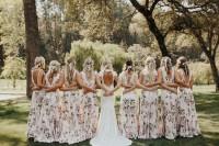 换上一身迷人印花,给闺蜜最甜蜜的婚礼祝福