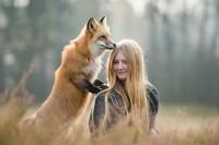 19岁少女摄影师和她的狐狸好朋友