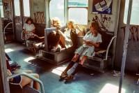 那时,纽约地铁还是一个充满危险的地方