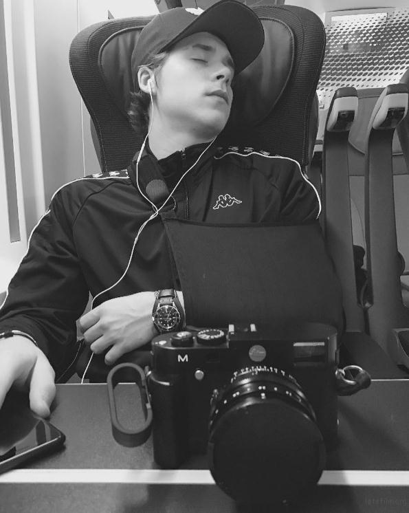 相机和人,你选哪一个?