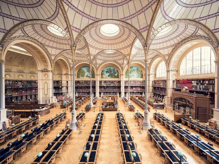 法国国家图书馆,巴黎,建造于 1868 年