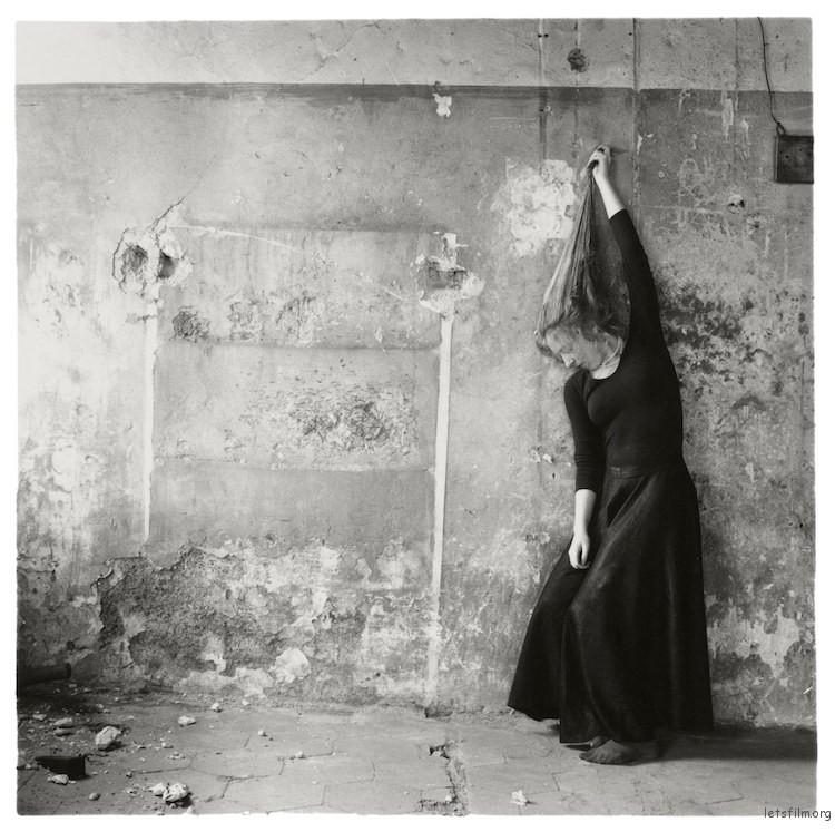 未命名, Rome, Italy, Francesca Woodman 1977-78.