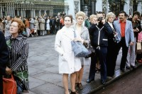 这些 1970 年代的伦敦街头摄影作品,摄影师却不知道是谁