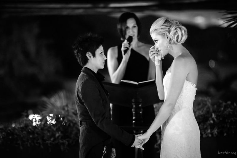lgbt-wedding-pictures-166-59367809aef73__880