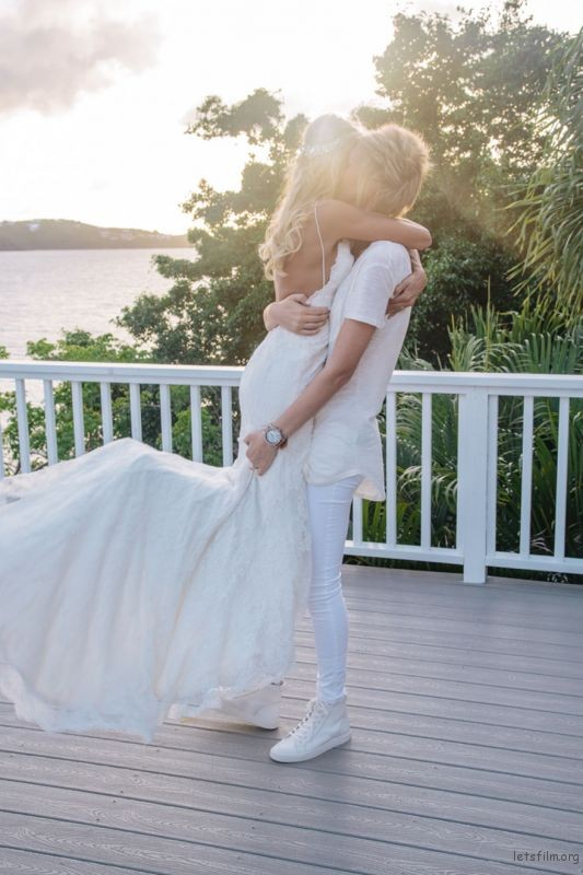 lgbt-wedding-pictures-180-593692af687e5__880