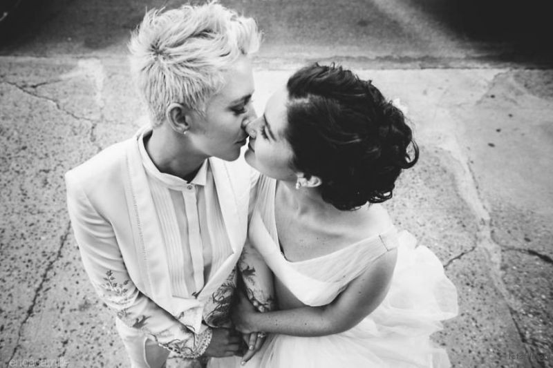lgbt-wedding-pictures-96-5935b4baa70f6__880