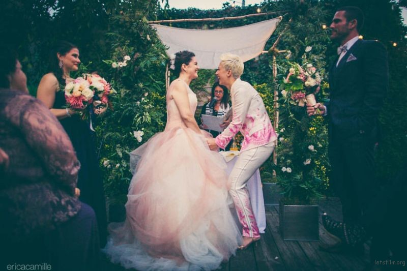 lgbt-wedding-pictures-99-5935b4fb2a7d2__880