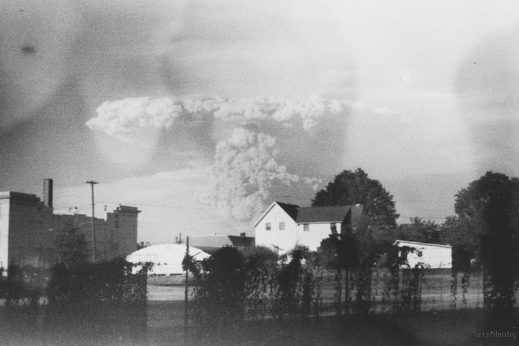 mt-st-helens-eruption-3
