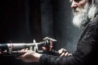 流浪汉用垃圾自制相机偷拍女人,一拍就是50年