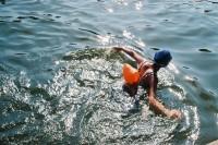 [14652] 每天早上都会去看她们游泳