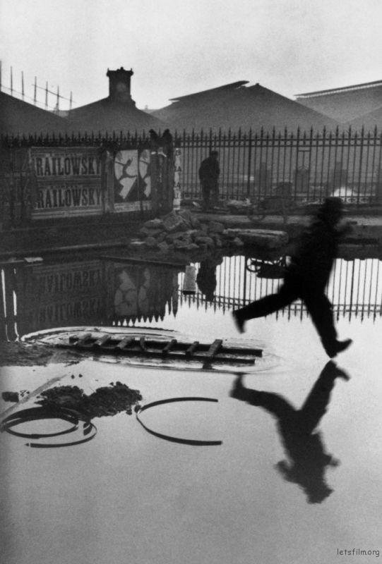 Paris. 1932