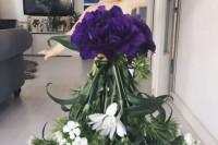创意妈妈用各种食物和花朵为女儿换新装