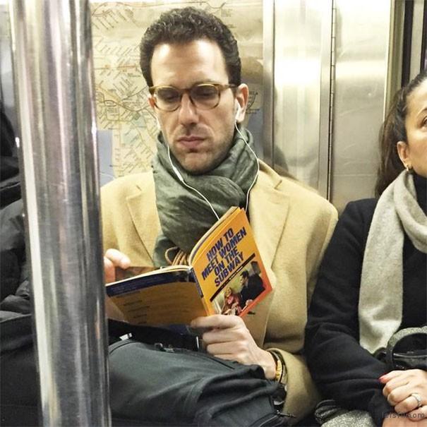 你在看什么书啊!