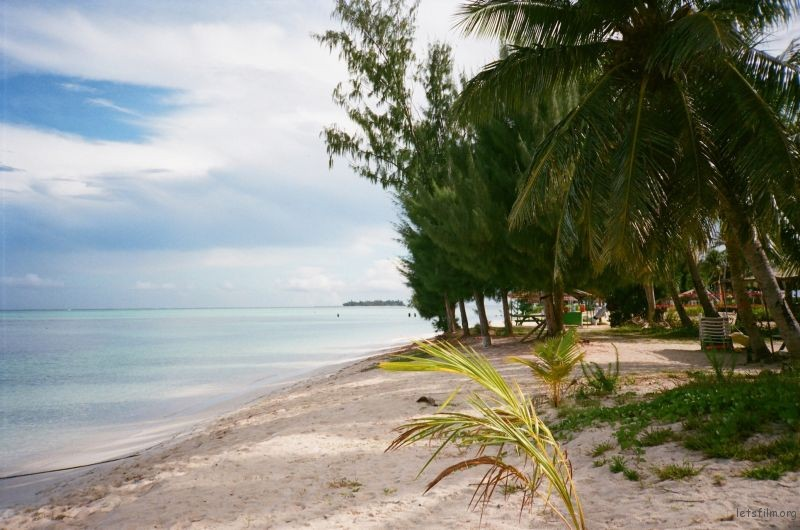 军舰岛上的海滩