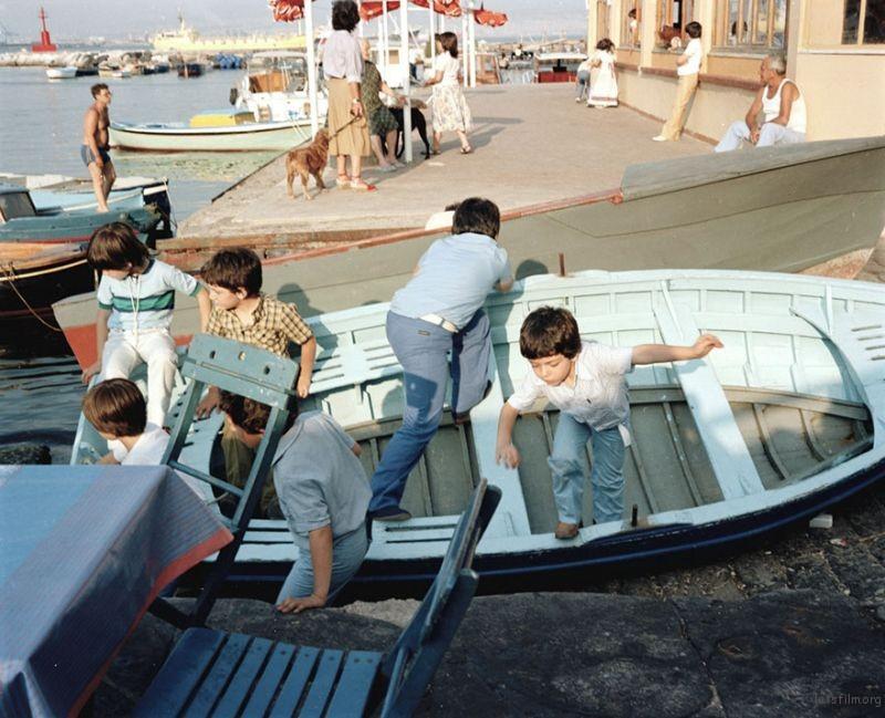 1980s-italy-rare-photos-la-dolce-vita-charles-traub-18-599c26ceda606__880