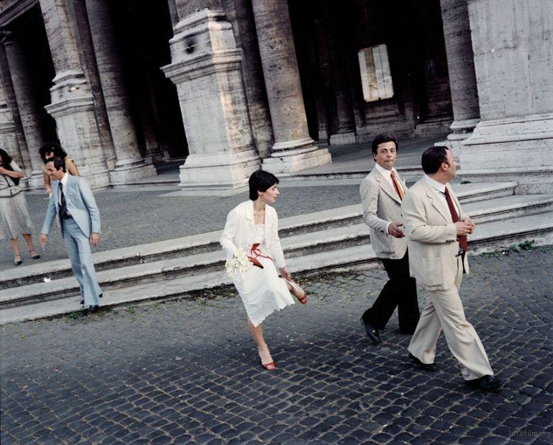 1980s-italy-rare-photos-la-dolce-vita-charles-traub-21-599c26d4ef3bb__880